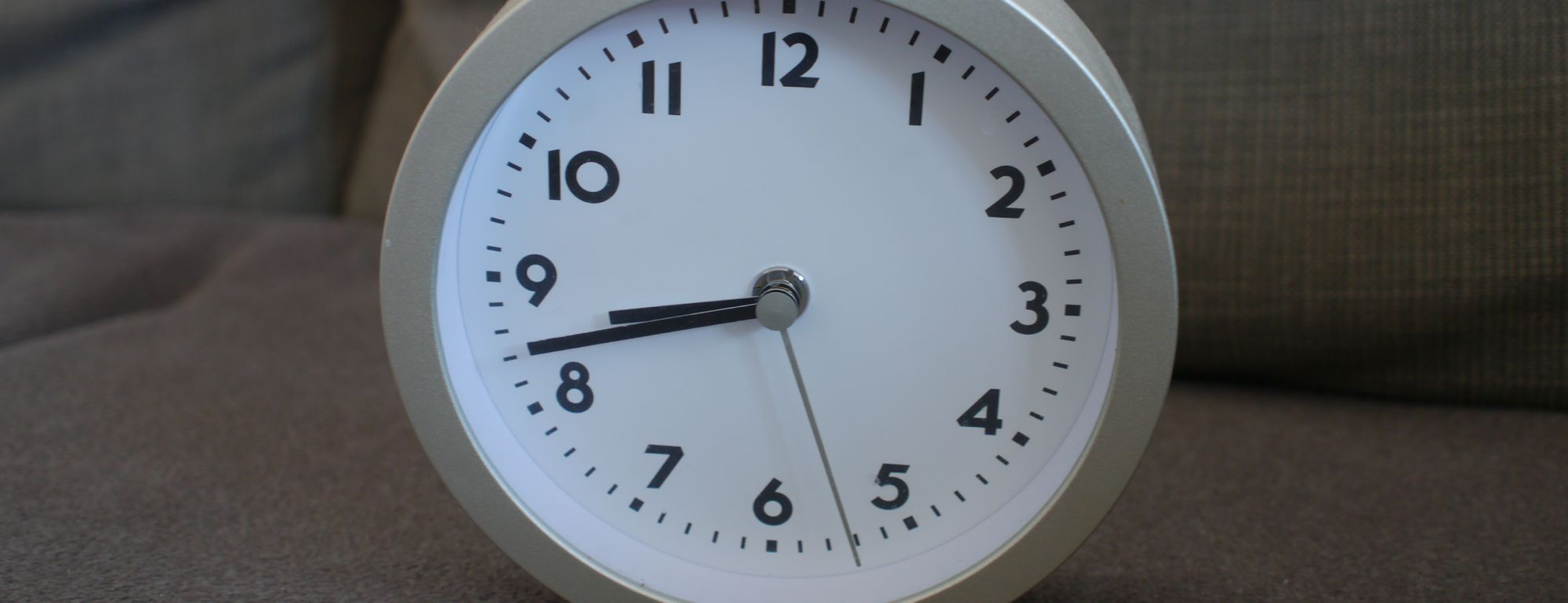 Uhr 2 quer